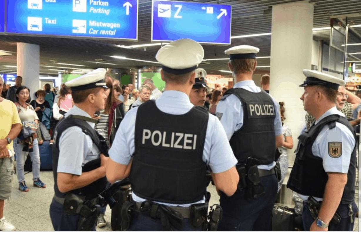 احتجاز برلمانيين مغاربة في ألمانيا